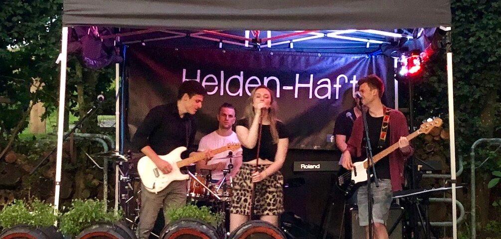 Die Band Helden-Haft am Schwanen Keller in Burgebrach